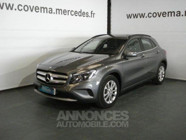 Mercedes Classe GLA 200 d Inspiration gris montagne metal Occasion - 0