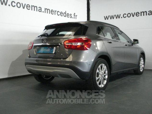 Mercedes Classe GLA 200 d Inspiration gris montagne metal Occasion - 13