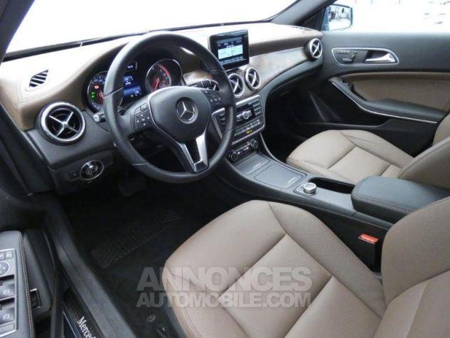Mercedes Classe GLA 220 CDI Sensation 7G-DCT Bleu Univers Occasion - 7