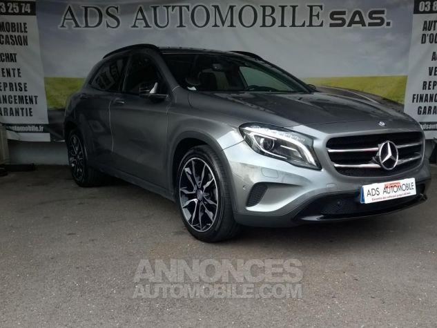 Mercedes Classe GLA 220 D 4-MATIC Sensation 7-G DCT A Gris Occasion - 0
