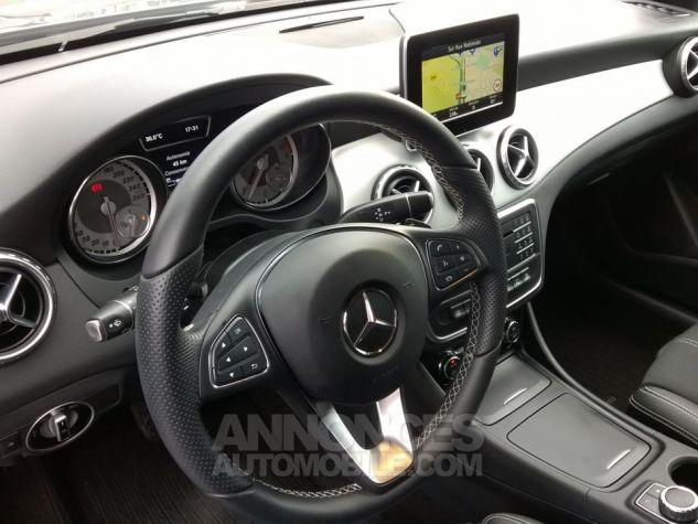 Mercedes Classe GLA 220 D 4-MATIC Sensation 7-G DCT A Gris Occasion - 7