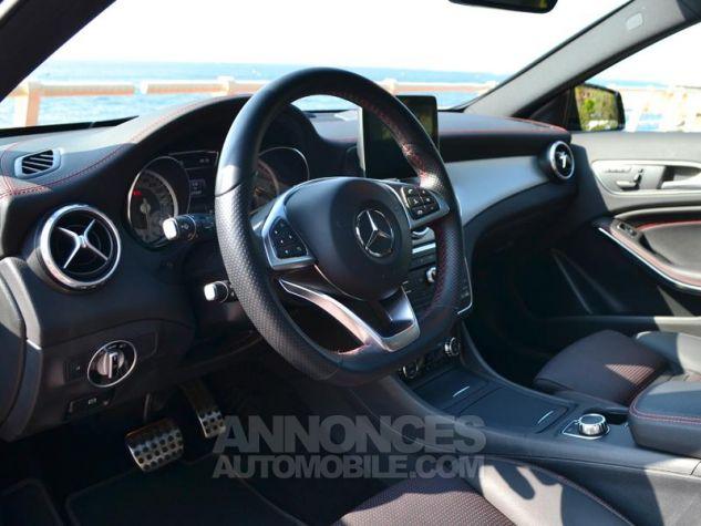 Mercedes Classe GLA 220 d Fascination 4Matic 7G-DCT Noir Occasion - 3