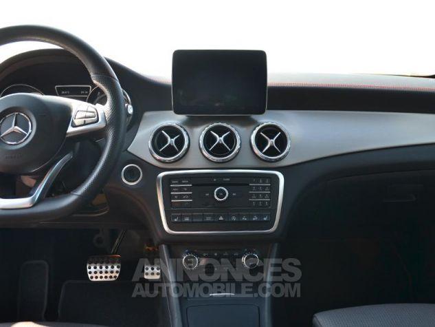 Mercedes Classe GLA 220 d Fascination 4Matic 7G-DCT Noir Occasion - 11