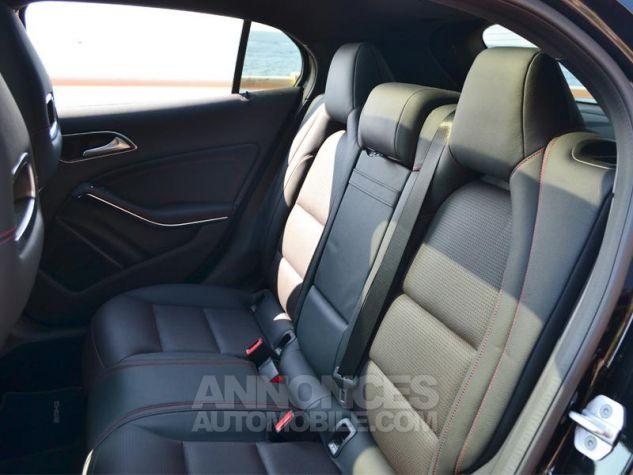 Mercedes Classe GLA 220 d Fascination 4Matic 7G-DCT Noir Occasion - 14