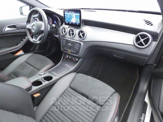Mercedes Classe GLA 220 d Fascination 7G-DCT Blanc Cirrus Occasion - 8