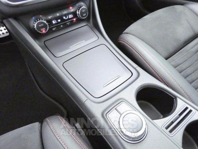 Mercedes Classe GLA 220 d Fascination 7G-DCT Blanc Cirrus Occasion - 13