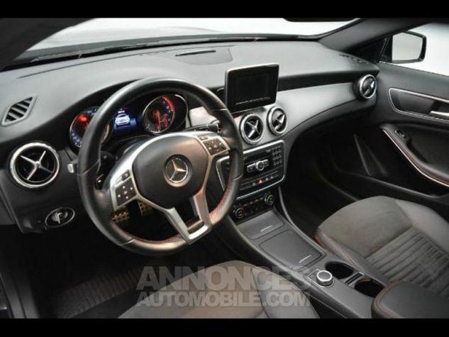 Mercedes Classe GLA 220 d Fascination 7G-DCT NOIR COSMOS Occasion - 6
