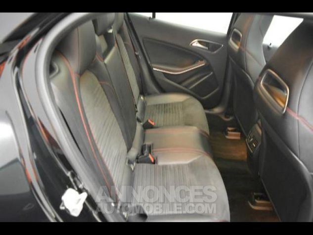 Mercedes Classe GLA 220 d Fascination 7G-DCT NOIR COSMOS Occasion - 7