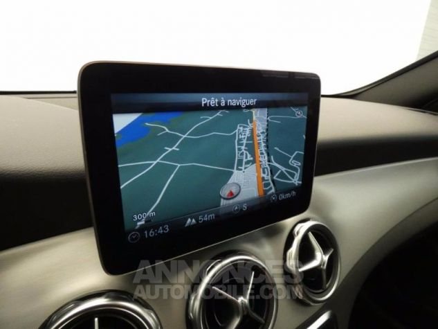 Mercedes Classe GLA 250 Fascination 4Matic 7G-DCT Argent Polaire Occasion - 9
