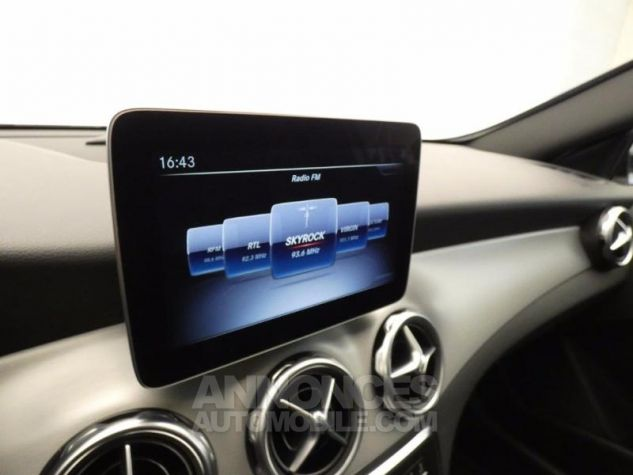 Mercedes Classe GLA 250 Fascination 4Matic 7G-DCT Argent Polaire Occasion - 11