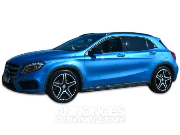 Mercedes Classe GLA 250 Fascination 7G-DCT Bleu des Mers du Sud Occasion - 7