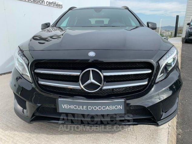 Mercedes Classe GLA 250 Fascination 7G-DCT Noir Occasion - 8