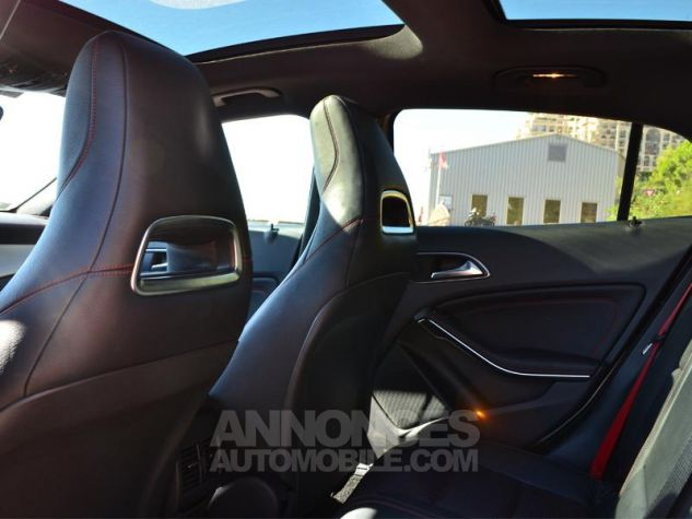 Mercedes Classe GLA 45 AMG 4Matic Speedshift DCT Gris Montagne Occasion - 5