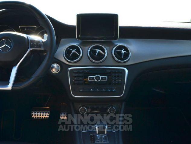 Mercedes Classe GLA 45 AMG 4Matic Speedshift DCT Gris Montagne Occasion - 11