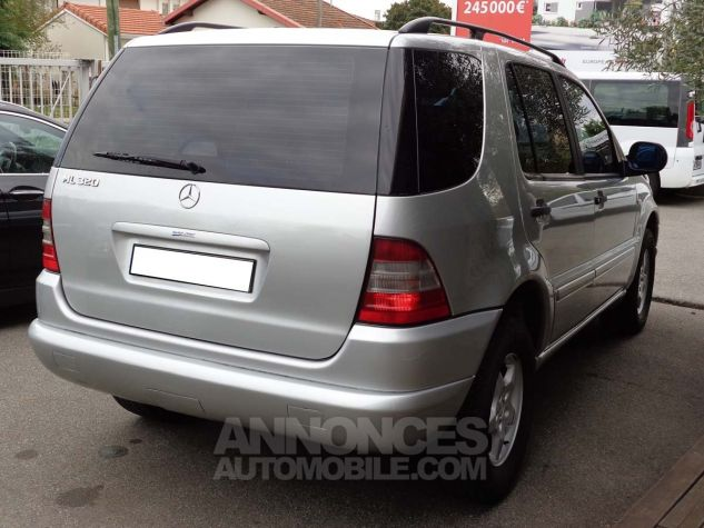 Mercedes Classe ML 320 LUXURY gris clair metal Occasion - 4