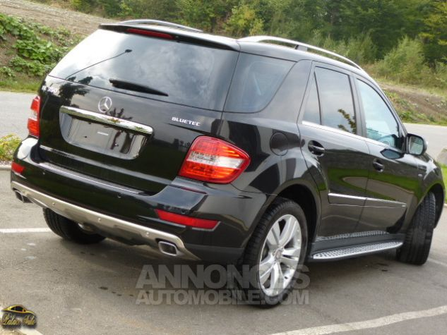 Mercedes Classe ML Mercedes-Benz ML350 211cv BlueTEC 4Matic 7G TRONIC Noir métallisé Occasion - 1