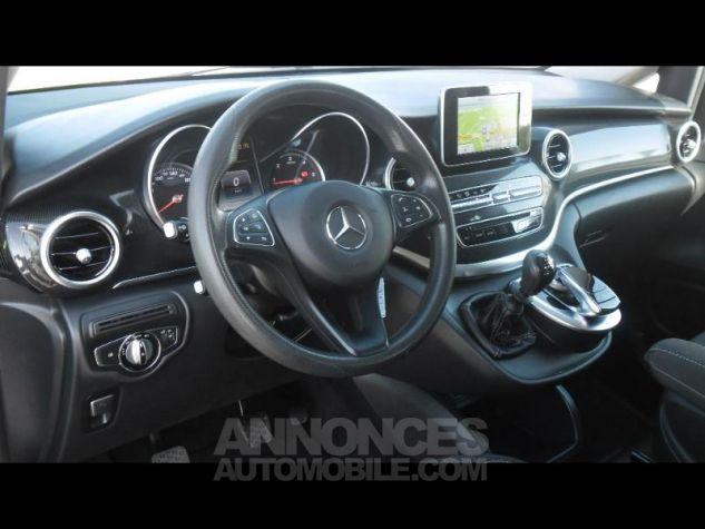 Mercedes Classe V 200 CDI Long bleu fonce Occasion - 9