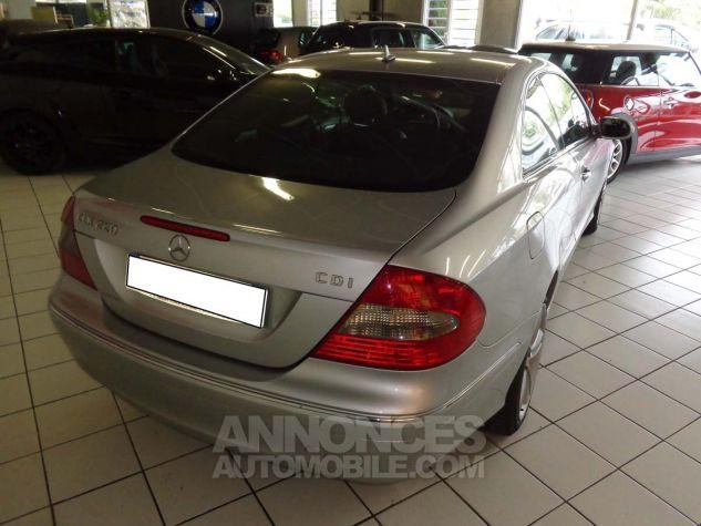 Mercedes CLK II 220 CDI AVANTGARDE gris clair verni Occasion - 3