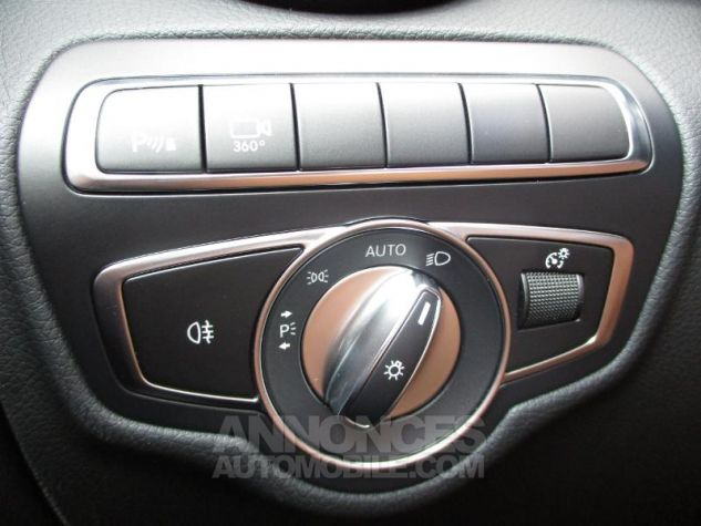 Mercedes GLC 250 d 204ch Fascination 4Matic 9G-Tronic Argent iridium métallisé Occasion - 15