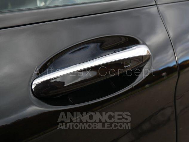 Mercedes GLC 63 S AMG 4MATIC, Toit pano, Distronic, Affichage tête haute, 360°, Sièges Performance, designo, Carbone, Attelage Noir Obsidienne métallisé Occasion - 11