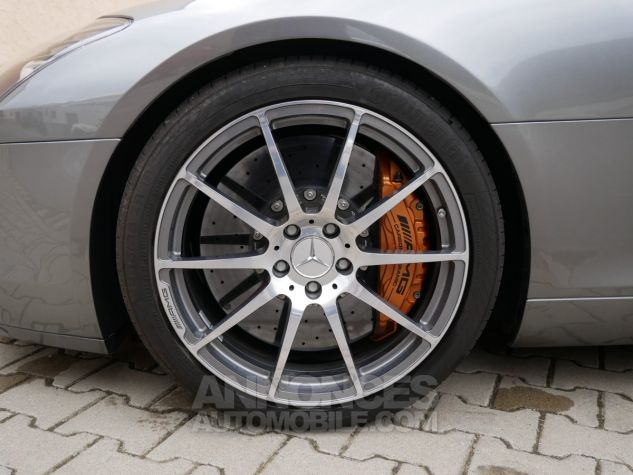 Mercedes SLS AMG Coupé, Cuir Exclusif, Carbone, Céramiques, Lift System, Caméra 776U Gris Himalayas métallisé Occasion - 10