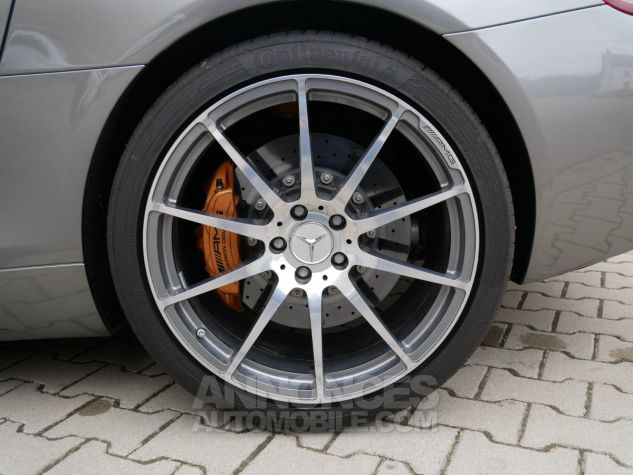 Mercedes SLS AMG Coupé, Cuir Exclusif, Carbone, Céramiques, Lift System, Caméra 776U Gris Himalayas métallisé Occasion - 11