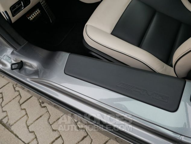 Mercedes SLS AMG Coupé, Cuir Exclusif, Carbone, Céramiques, Lift System, Caméra 776U Gris Himalayas métallisé Occasion - 15