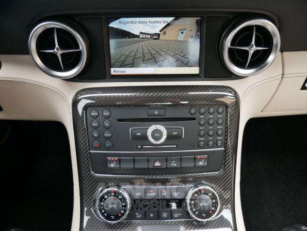 Mercedes SLS AMG Coupé, Cuir Exclusif, Carbone, Céramiques, Lift System, Caméra 776U Gris Himalayas métallisé Occasion - 17