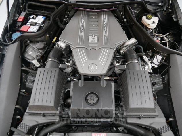 Mercedes SLS AMG Coupé, Cuir Exclusif, Carbone, Céramiques, Lift System, Caméra 776U Gris Himalayas métallisé Occasion - 21