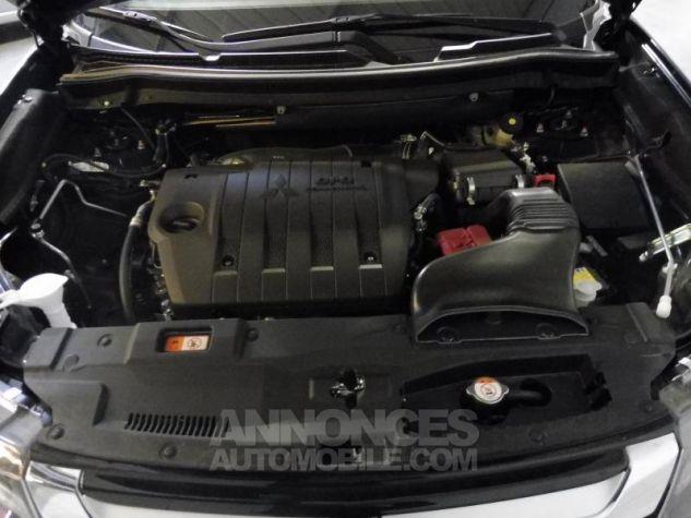 Mitsubishi OUTLANDER 2WD 22 DI-D INTENSE NAVI 5 PLACES 8CV 150CH Noir Occasion - 8