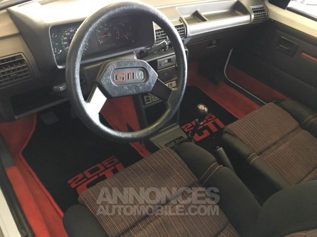Peugeot 205 GTI Blanche Occasion - 6
