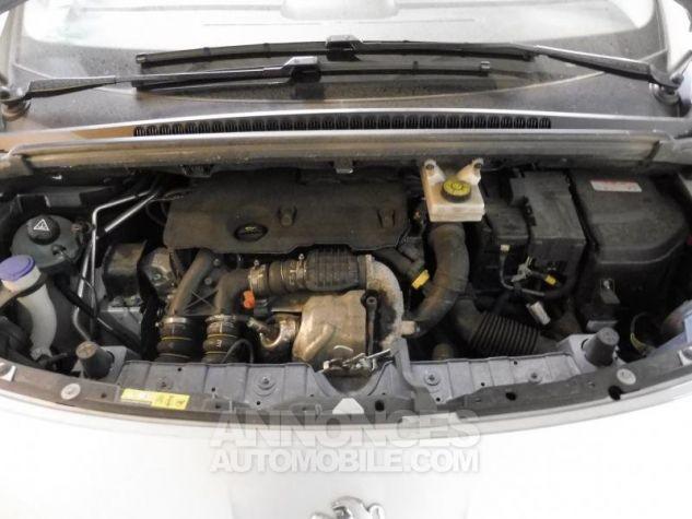 Peugeot 3008 BUSINESS ETG6 EHDI115 Gris clair Occasion - 8