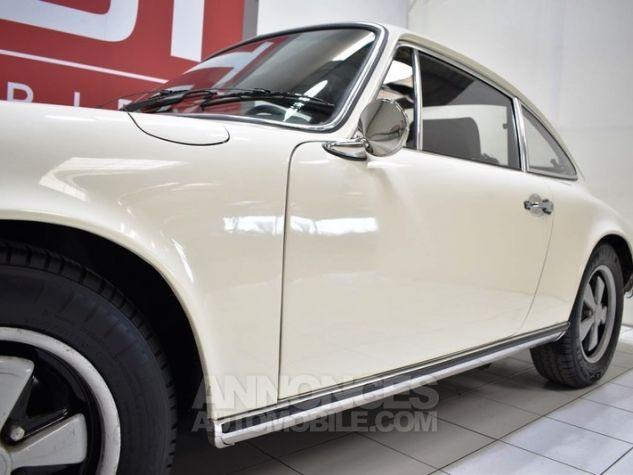 Porsche 911 2.2 E Coupé Hell Elfenbein 1111 Occasion - 12