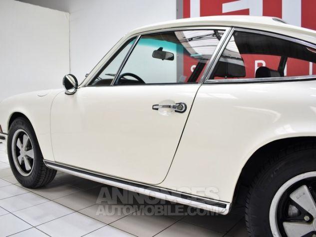 Porsche 911 2.2 E Coupé Hell Elfenbein 1111 Occasion - 13