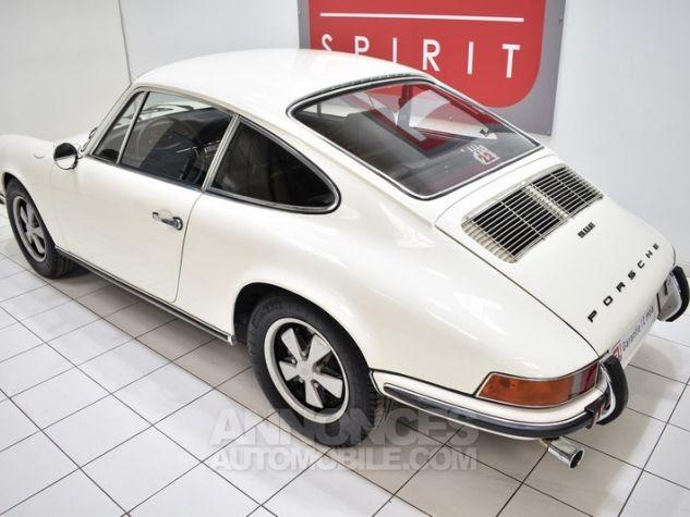 Porsche 911 2.2 E Coupé Hell Elfenbein 1111 Occasion - 14