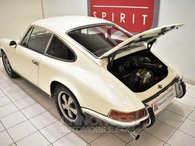Porsche 911 2.2 E Coupé Hell Elfenbein 1111 Occasion - 15