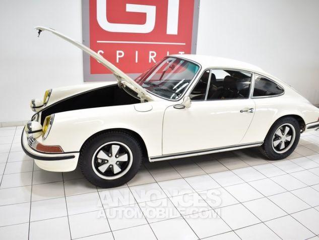 Porsche 911 2.2 E Coupé Hell Elfenbein 1111 Occasion - 37