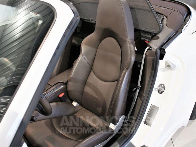 Porsche 911 CABRIOLET (997) CARRERA 4 GTS PDK Blanc Occasion - 7