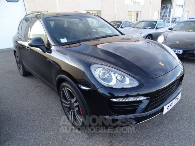 Porsche Cayenne II Turbo 4,8L V8 500CH / FULL OPTIONS noir métallisé Occasion - 2