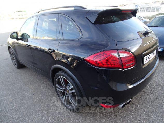 Porsche Cayenne II Turbo 4,8L V8 500CH / FULL OPTIONS noir métallisé Occasion - 7
