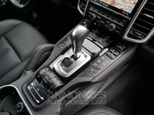 Porsche Cayenne S Diesel, Caméra, Attelage, Angle mort, Suspension Pneumatique Noir Intense métallisé Occasion - 15