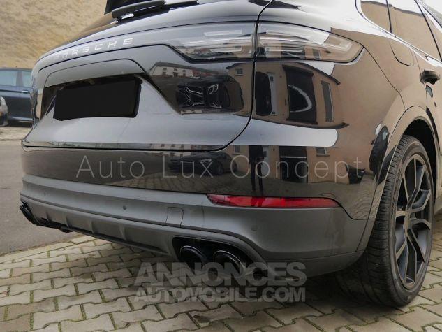 Porsche Cayenne S, Pack Sport Chrono, Matrix LED, Caméra de recul, BOSE, Roues arrière directrices Noir Intense métallisé Occasion - 10