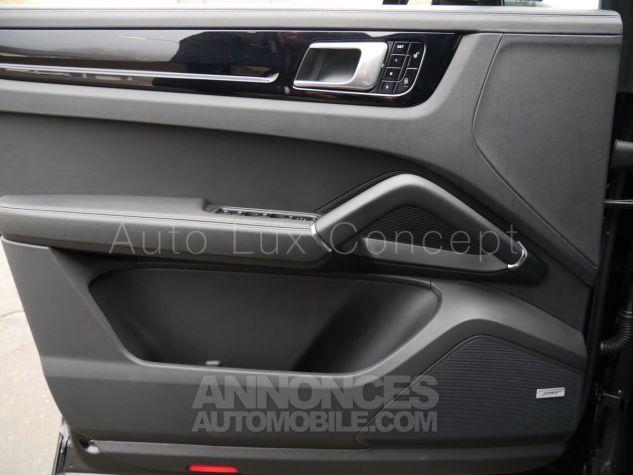 Porsche Cayenne S, Pack Sport Chrono, Matrix LED, Caméra de recul, BOSE, Roues arrière directrices Noir Intense métallisé Occasion - 12
