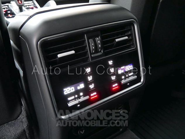 Porsche Cayenne S, Pack Sport Chrono, Matrix LED, Caméra de recul, BOSE, Roues arrière directrices Noir Intense métallisé Occasion - 19