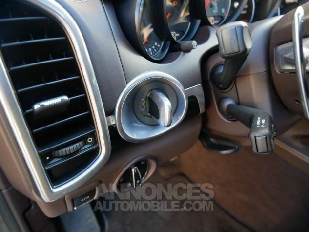 Porsche Cayenne S, Toit ouvrant, ACC, Keyless, Burmester, Caméra Terre d'Ombre métallisé Occasion - 16