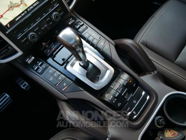 Porsche Cayenne S, Toit ouvrant, ACC, Keyless, Burmester, Caméra Terre d'Ombre métallisé Occasion - 18