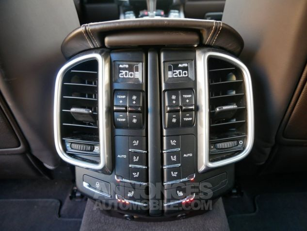 Porsche Cayenne S, Toit ouvrant, ACC, Keyless, Burmester, Caméra Terre d'Ombre métallisé Occasion - 20