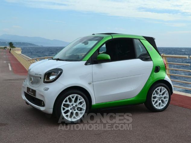 Smart Fortwo Electrique 82ch passion Blanc White Occasion - 16