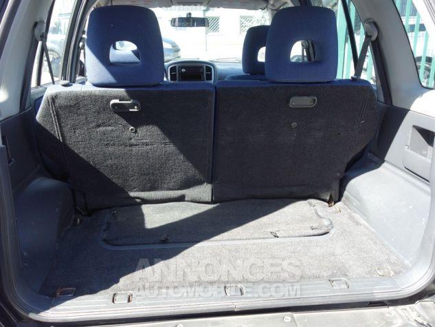 Suzuki GRAND VITARA style 2L hdi 5 portes  noir Occasion - 4