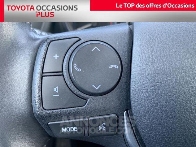 Toyota AURIS 112 D-4D Design Business Blanc Occasion - 9